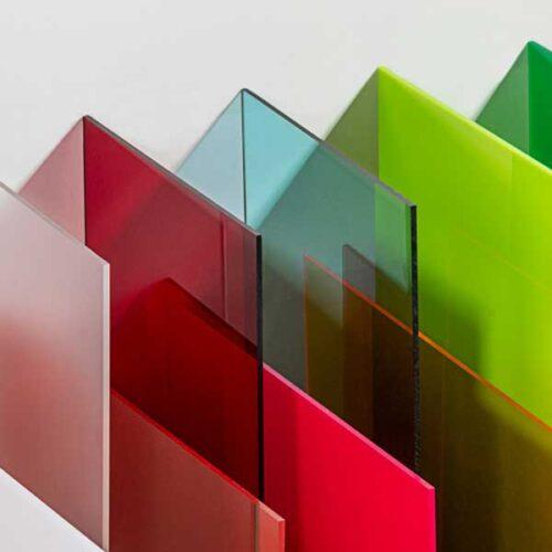 Plexiglas-Coloured-Acrylic-sheet-in-a-range-of-colours